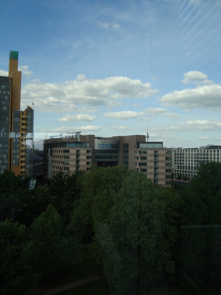 Gemeinschaftskonferenzraum mit Blick auf den Fernsehturm