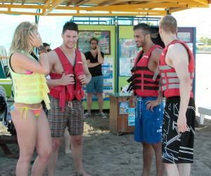 Next, Please! Carina, Manuel, Ali und Chris © RTL II