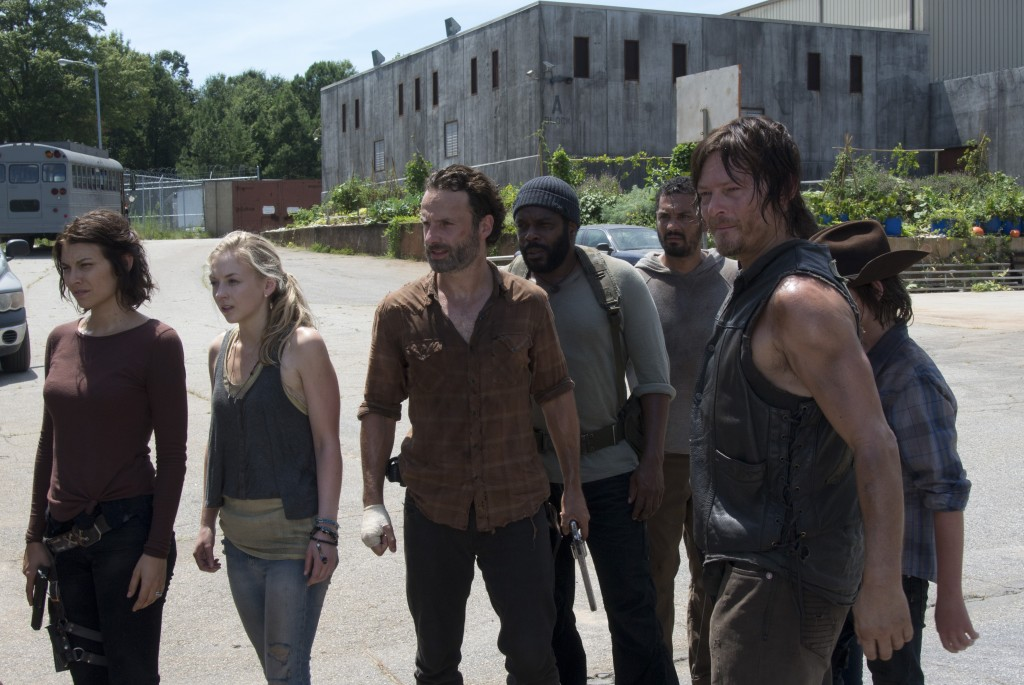 Maggie Greene (Lauren Cohan), Beth Greene (Emily Kinney), Rick Grimes (Andrew Lincoln), Tyreese (Chad Coleman), Daryl Dixon (Norman Reedus) and Carl Grimes (Chandler Riggs) - The Walking Dead, Season 4, Episode 8 (c) Gene Page/AMC