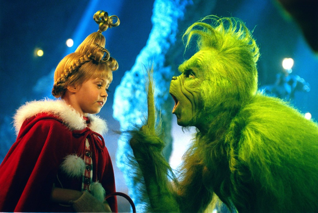 Die kleine Cindy Lou Who (Taylor Momsen) hat keine Angst vor dem Grinch (Jim Carrey) © RTL II