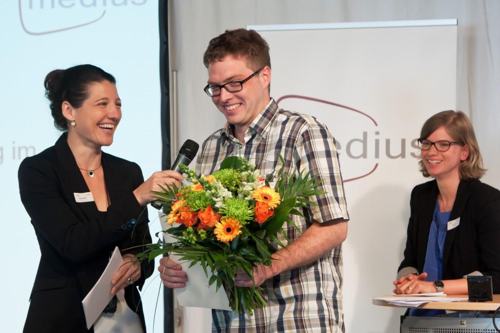 Moderatorin Miriam Janke und medius-Preisträger André de la Chaux © FSF