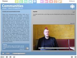 """Screenshot aus der multimedialen DVD-ROM """"Faszination Medien"""", Sascha Lobo zu der Frage, wie das Urheberrecht zum Prinzip des freien Internet passt © FSF"""