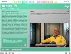 """Screenshot aus der multimedialen DVD-ROM """"Faszination Medien"""", Medienwissenschaftler Gerd Hallenberger über Realitätsfernsehen © FSF"""