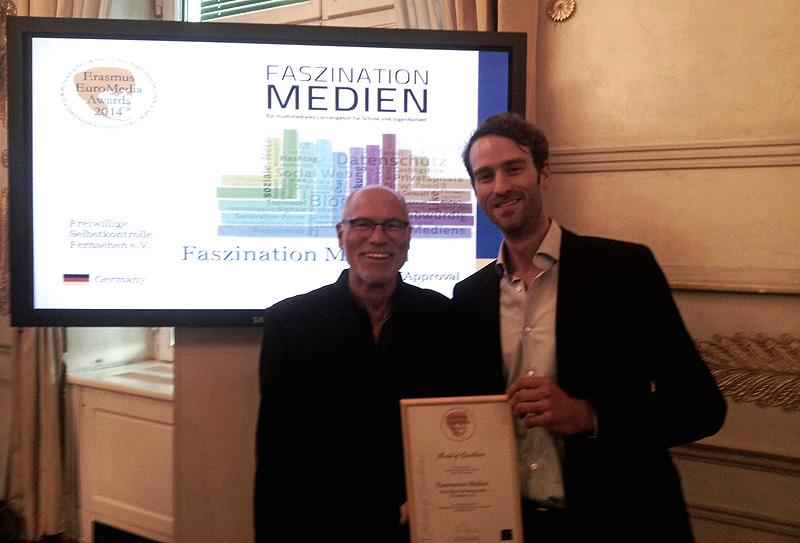 Faszination Medien bei den Erasmus EuroMedia Awards 2014 prämiert. Prof. Bauer (Vorsitzender der Jury) und Jens Baumgarten © FSF