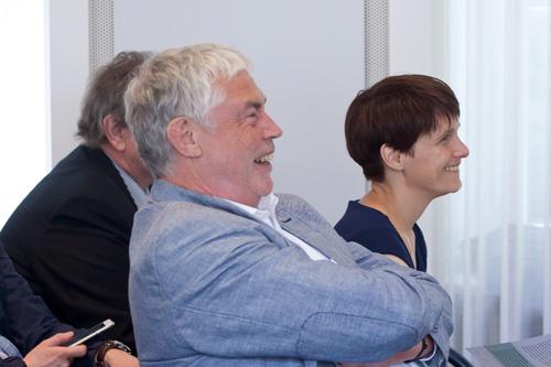 Prof. Joachim von Gottberg, Geschäftsführer Freiwilligen Selbstkontrolle Fernsehen (FSF)) und Anka Heinze, stellvertretende Direktorin der Medienanstalt Berlin-Brandenburg (mabb), Sommerforum Medienkompetenz 2015 © FSF