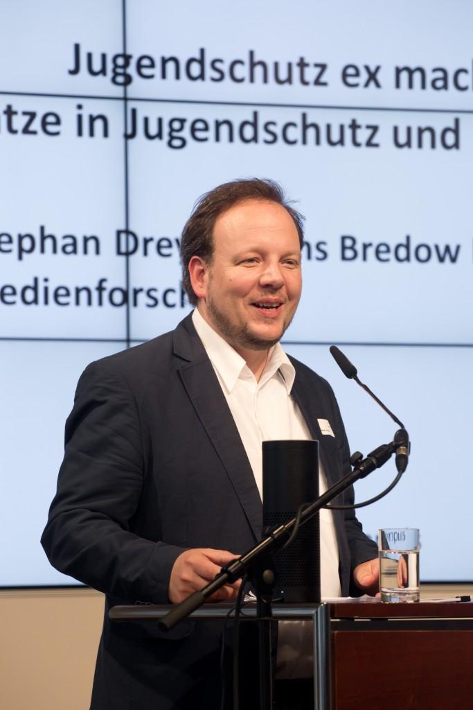 Stephan Dreyer (HBI) zum Thema: Jugendschutz ex machina KI-Ansätze in Jugendschutz und Medienbildung, medien impuls 2016 © sh/fsf