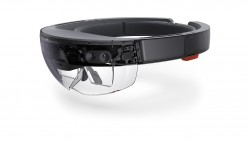 """Die HoloLens von Microsoft ist bisher nur als """"Development Edition"""" erhältlich und richtet sich an App-Entwickler © Mircosoft.com"""