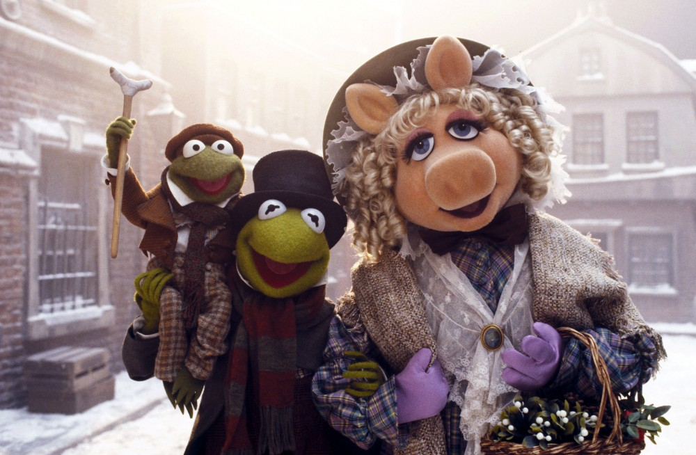 Bob Cratchit (Kermit der Frosch) und seine Frau Emily Cratchit (Miss Piggy), Muppet Christmas Carol, The © 1992 WALT DISNEY PICTURES