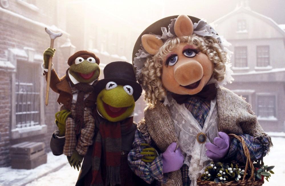 Bob Cratchit (Kermit der Frosch) und seine Frau Emily Cratchit (Miss Piggy), Muppet Christmas Carol, The © 1992 WALT DISNEY PICTURES
