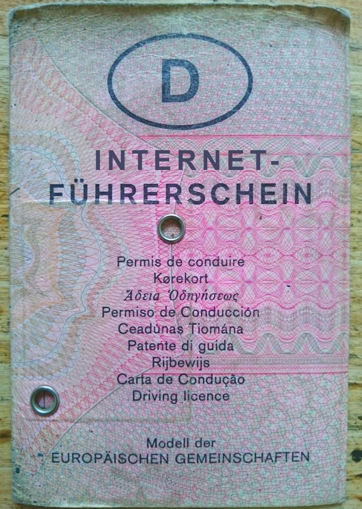 Internetführerschein, Politiker fordern Format, das Verhaltenstipps zum Umgang mit dem Internet und den sozialen Medien gibt © FSF