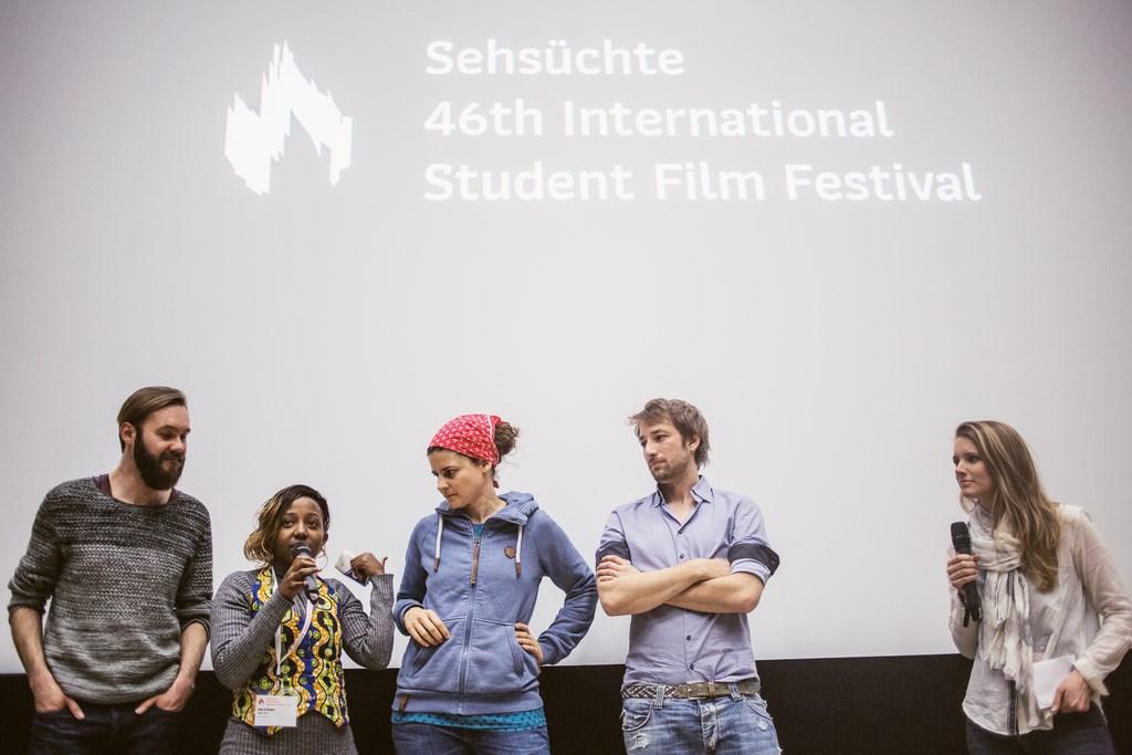 """46th Sehsüchte International Student Film Festival: Q&A zum Gewinnerfilm """"Watu Wote"""" mit Kameramann Felix Striegel, Produzentin Matrid Nyagah, Regisseurin Katja Benrath und Produzent Tobias Rosen (v.l.) © Jonas Friedrich"""