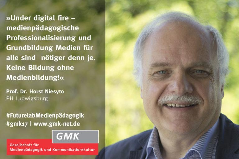 """Zur Ankündigung auf das 34. Forum Kommunikationskultur startete die GMK eine Social-Media-Kampagne, die im wöchentlichen Turnus kurze Statements zum Forums-Thema """"Futurelab Medienpädagogik: Qualität, Standards, Profession"""" via Facebook und Twitter veröffentlichte. Mit dabei: Prof. Dr. Horst Niesyto"""