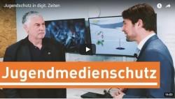 Prof. Joachim von Gottberg, Geschäftsführer der Freiwilligen Selbstkontrolle Fernsehen (FSF) im Gespräch mit Uwe Conradt, Direktor der Landesmedienanstalt Saarland: IST JUGENDSCHUTZ NOCH EIN ZEITGEMÄSSES VERFASSUNGSZIEL?